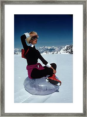 Marisa Berenson In The Snow Framed Print by Arnaud de Rosnay