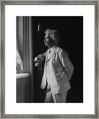 Mark Twain C. 1907 Framed Print by Daniel Hagerman