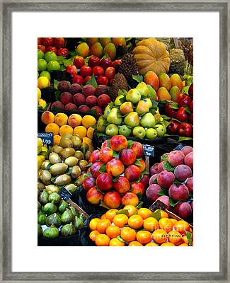 Market Time Framed Print by Sue Melvin
