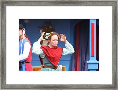 Maryland Renaissance Festival - A Fool Named O - 121217 Framed Print by DC Photographer
