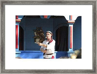 Maryland Renaissance Festival - A Fool Named O - 121227 Framed Print by DC Photographer