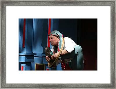 Maryland Renaissance Festival - A Fool Named O - 121234 Framed Print by DC Photographer