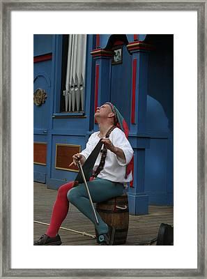 Maryland Renaissance Festival - A Fool Named O - 121256 Framed Print