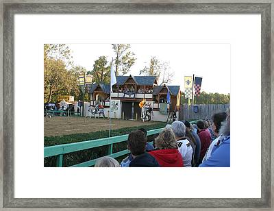 Maryland Renaissance Festival - Jousting And Sword Fighting - 121218 Framed Print by DC Photographer