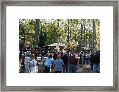 Maryland Renaissance Festival - People - 12121 Framed Print by DC Photographer