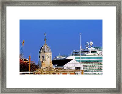 Maxims Casino Town Quay And Ventura Framed Print by Terri Waters