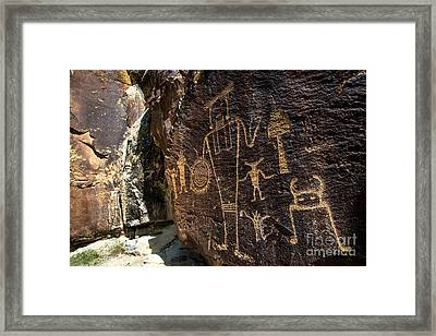 Mckee Springs Petroglyphs - Dinosaur National Monument Framed Print
