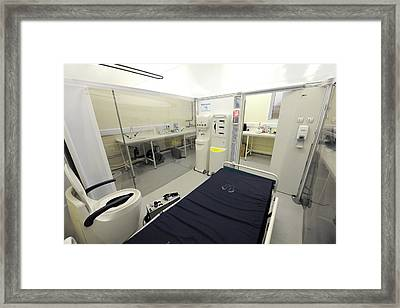 Medical Isolation Chamber Framed Print by Public Health England