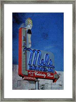 Mels Drive In Celebrity Bar Framed Print by Janice Rae Pariza