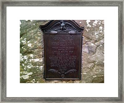 Memorial Tablet To Signal Corps U.s.a. Framed Print