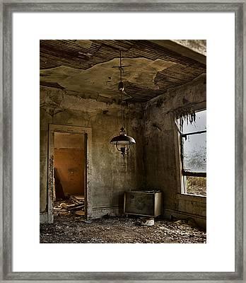 Memories Of Days Past Framed Print by Lynn Andrews
