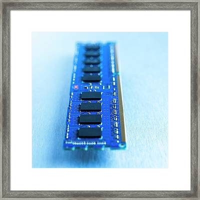 Memory Chip Framed Print by Science Photo Library