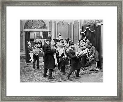 Men In Top Hats With Ladies Framed Print by Underwood Archives