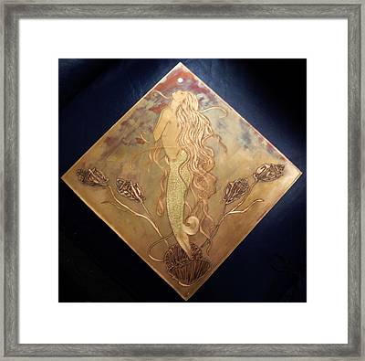Mermaid With Pearl Framed Print