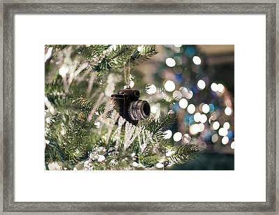 Merry Xmas Shutterbugs Framed Print by Edward Kreis
