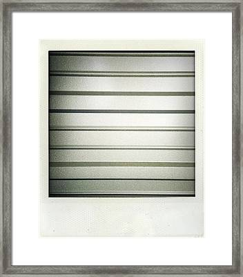 Metal Texture Framed Print by Les Cunliffe
