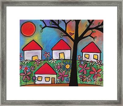 Mi Casa Es Su Casa Framed Print by Carla Bank