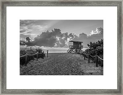 Miami Beach Entrance Sunrise - Black And White Framed Print
