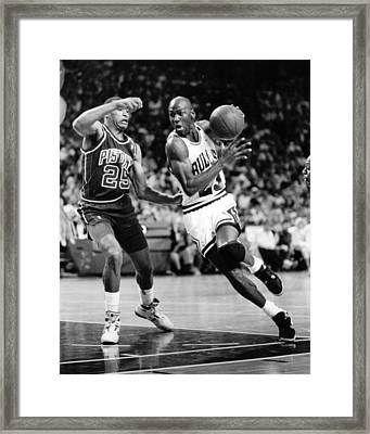 Michael Jordan Driving To The Basket Framed Print
