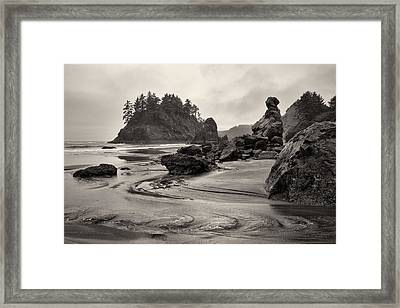 Mill Creek And Pewetole Island At Trinidad State Beach Framed Print