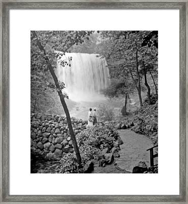 Minnehaha Falls Minneapolis Minnesota 1915 Vintage Photograph Framed Print by A Gurmankin