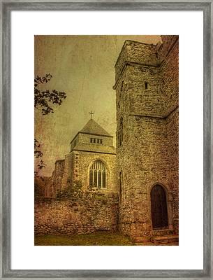 Minster Abbey And Gatehouse Framed Print by Dave Godden