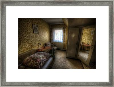 Mirror Room Framed Print by Nathan Wright
