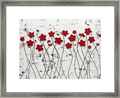 Mis Amores Framed Print by Carmen Guedez