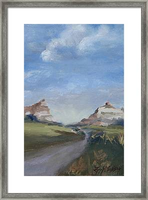 Mitchell Pass In Portrait Framed Print by Leigh Morrison