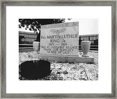 Mlks Original Grave Framed Print by Tom McHugh