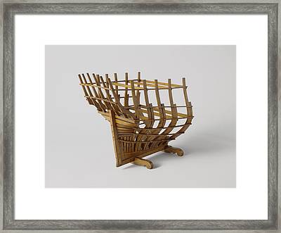 Model Of A Poop In His Rafters Of Formation Framed Print
