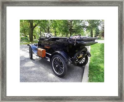 Model T With Luggage Rack Framed Print by Susan Savad