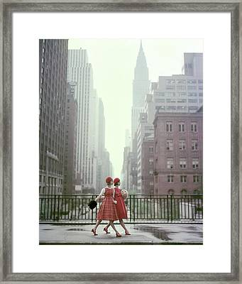 Models In New York City Framed Print by Sante Forlano