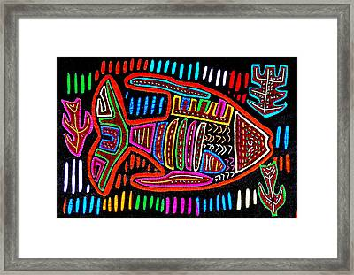 Mola  Fish Framed Print by Sherry Thorup