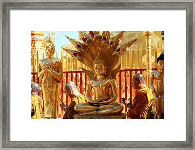 Monk Ceremony - Wat Phrathat Doi Suthep - Chiang Mai Thailand - 011312 Framed Print