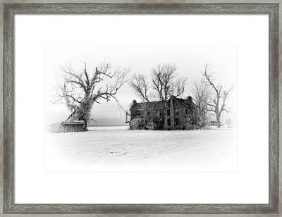 Monster Manor - Horror House On Outer Banks Framed Print by Dan Carmichael