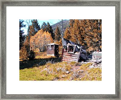 Montana Outhouse 01 Framed Print by Thomas Woolworth