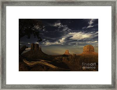 Monument Valley 1 Framed Print by Richard Mason