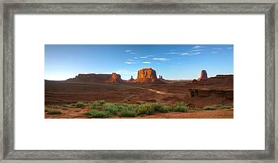 Monument Valley Sundown Framed Print by Steve Gadomski