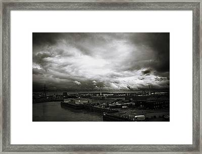 Moody Skies In London Framed Print by Lenny Carter