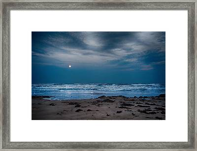 Moon Over The Gulf Framed Print by Tammy Smith