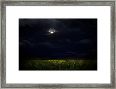 Goodnight Moon Framed Print by Mark Andrew Thomas