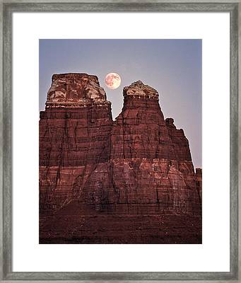 Framed Print featuring the photograph Moonrise In Utah by Christopher McKenzie