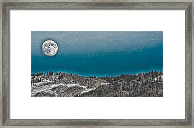 Framed Print featuring the photograph Moonrise Over The Mountain by Don Schwartz