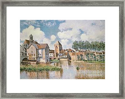 Moret Sur Loing The Porte De Bourgogne Framed Print by Alfred Sisley