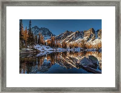 Morning At Horseshoe Lake Framed Print by Mike Reid