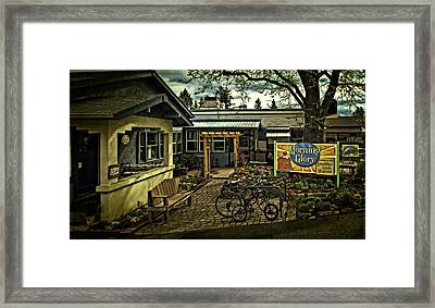 Framed Print featuring the photograph Morning Glory Cafe Ashland by Thom Zehrfeld