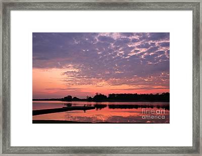 Morning Nirvana Framed Print by Leslie Kirk
