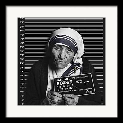 Black And White Mother Teresa Framed Prints