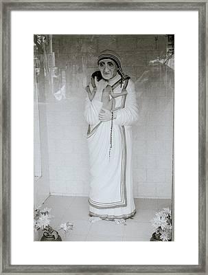 Mother Teresa Framed Print by Shaun Higson